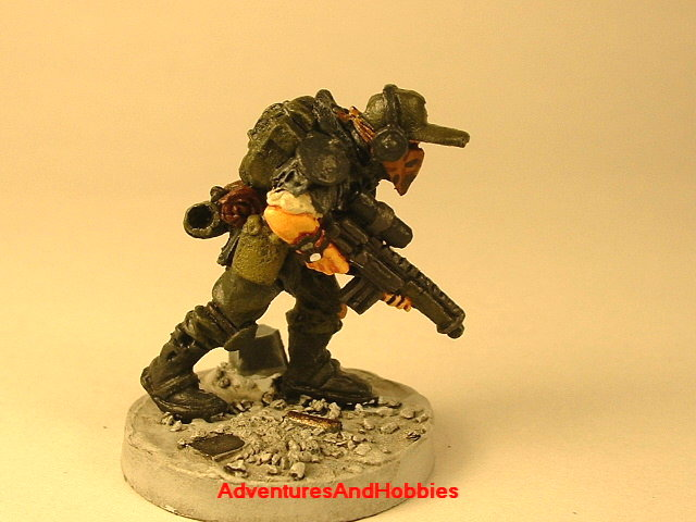 Post apocalypse soldier with sniper rifle 25 mm painted figure for role-playing games and table top war games front view