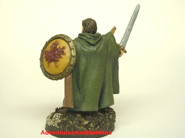 Fantasy miniature figure woodland ranger with sword and shield 25 mm painted