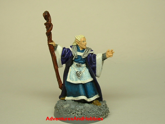 Elf wizard casting spell 25mm painted fantasy figure for use in role-playing games and table top war games front